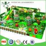 Installations-Service-setzt Innenspielplatz-Gerät für Preis Innen Spielplatz fest