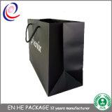 Form-flacher Griff-Entwurf gedruckter Packpapier-Beutel-Großverkauf