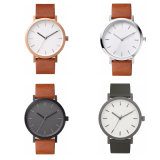 Montre promotionnelle en cuir moins cher de conception simple OEM Article 72035