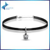 新しい方法王冠は女性の宝石類のChockerのネックレスを魅了する