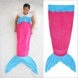 휴대용 아기 담요를 뜨개질을 하는 연약한 직물 면