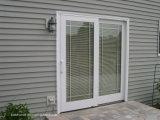 Il verticale acceca i portelli esterni dell'alluminio francese del patio