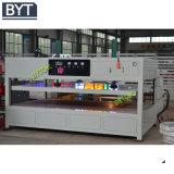 Zeichen-Zeichen-Acrylvakuum, das Maschine bildet
