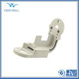 Часть CNC алюминиевой стали металла конторских машин подвергая механической обработке