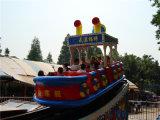 La diversión monta el barco de oscilación al aire libre de la nave de pirata del equipo del patio