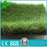 ゴム製マットのタイルの泥炭の安いカーペットの人工的な草の美化