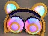 새로 2017 고품질 다채로운 입체 음향 사랑스러운 LED 곰 귀 헤드폰이라고 발전하는, 이어폰을 불이 켜지십시오