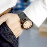 고품질 Nutural 나무는 남자의 손목 시계를 만들었다