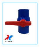 De blauwe Kogelklep van pvc van de Kleur Met de Norm van DIN