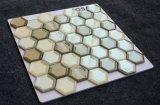 El Respaldo Yq1004 Mosaico de vidrio de forma hexagonal Malla de baño