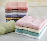 最高吸収の昇進の白いホテルの綿の表面/浴室タオル