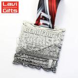熱い販売のリボンが付いているカスタムインドの銀製のフィニッシャーのスポーツメダル