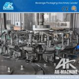 Cgf automático 3 en 1 línea de la máquina de rellenar del agua de botella (AK-CGF)