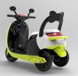 장난감 차에 전기 탐이 아이들 건전지에 의하여 운영한 차에 의하여 농담을 한다