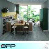 Подгонянная мебель кухни итальянского малюсенького типа деревянная с шкафами открытого хранения Blk-56