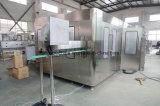 Bouteille en Plastique automatique totale Ligne de production de remplissage d'eau
