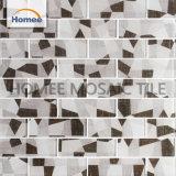 Azulejo de mosaico gris del vidrio cristalino del brillo de los azulejos del cuarto de baño de la tira de color