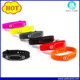 Bracelet imperméable à l'eau de l'IDENTIFICATION RF NFC d'à haute fréquence pour des soins de santé Eticketin de contrôle d'accès