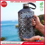 2.2L BPA освобождают бутылку воды формы диаманта пластичную с крышкой