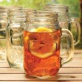 De Kruik van de Metselaar van het glas voor de Frisdrank van de Drank
