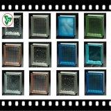 Rimuovere il mattone colorato del blocco di vetro
