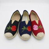 De recentste Comfortabele Manier van de Schoenen van het Canvas Toevallige Dame Women Shoe