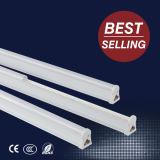 El precio bajo pero la alta calidad integró 2835 la luz del tubo de SMD T5 LED