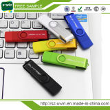Movimentação clássica colorida do flash do USB do giro com logotipo
