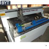 Hölzerner CNC-Fräser mit Vakuumtisch und Staub montieren