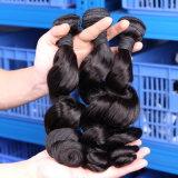 Schwarze lose Karosserien-Wellen-wellenförmige unverarbeitete rohe brasilianische Haar-Webart-Großhandelsbündel