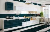 Rtaはよいデザイン食器棚をカスタマイズした