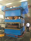 カスタマイズされた3000tonsフレームタイプ多目的鋼鉄ドアの版の浮彫りになる機械