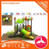 子供の屋外装置のプラスチック遊ぶ運動場
