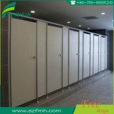Phenolic Verdeling van het Toilet HPL van de Hars Vochtbestendige Compacte