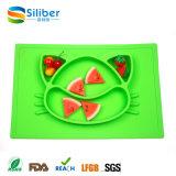 Um silicone da parte caçoa Placemat, esteira de alimentação Non-Slip da refeição do bebê