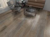 Revêtement de sol en bois multicouches en chêne Plancher en bois résistant à l'usure et chauffé