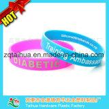 Wristband de borracha do silicone da torção com Thb-046