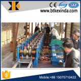 Auto-estrada de guarda à máquina de formação de rolos na rampa