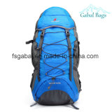 Sport en plein air d'alpinisme léger augmentant le sac à dos campant de course de sac