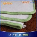 セリウムが付いている柔らかく快適な羊毛の暖房毛布