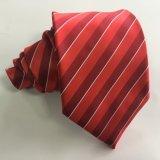 Handgemachtes Mens-Form-rotes Streifen-Polyester 100% gesponnene Krawatte (L034)