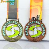 Le medaglie del premio della pressofusione con il nastro