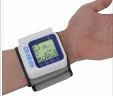Tipo en pantalla grande monitor automático del brazo de la presión arterial del pun¢o de la muñeca de Digitaces Digitaces