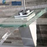 Misturador do Faucet da bacia da cachoeira com vidro do diodo emissor de luz