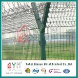 Militärflughafen-Gefängnis-Sicherheitszaun mit Ziehharmonika-Rasiermesser-Draht