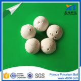 Bola de cerámica porosa blanca para los media del agua y del soporte del filtro
