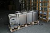Refrigerador Undercounter Stainless Steel Workbench com portas sólidas