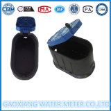 Cassa di plastica nera del metro ad acqua