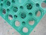 Alfombra de césped de goma de seguridad antideslizamiento para niños Parque infantil en China