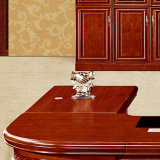 큰 긴 장방형 호화스러운 사무실 행정상 두목 테이블